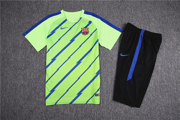 ... camisetas Barcelona 2017-2018 entrenamiento verde fluorescente ... f8e53e6e0b1f3
